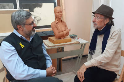 We visited the sculptor and artist Josep Maria Gomis in his studio in Mataro